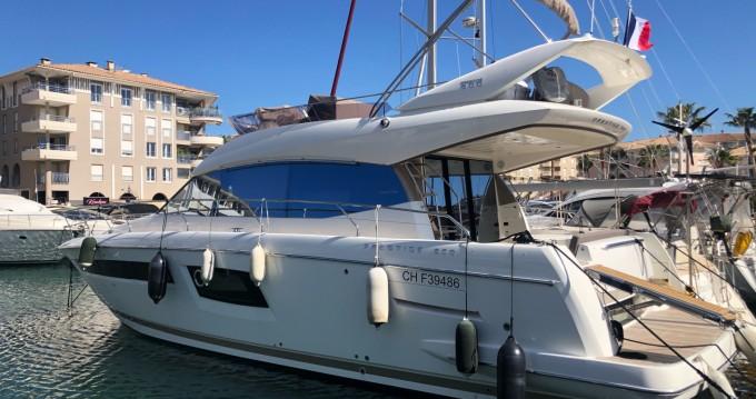 Boat rental Prestige Prestige 500 Fly in Fréjus on Samboat