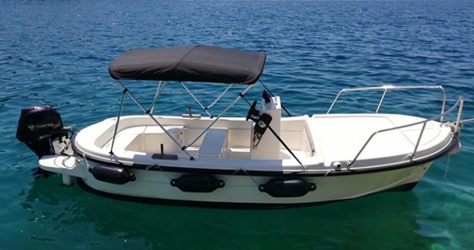 Rental yacht Milna - Betina Open 500 on SamBoat