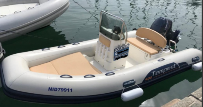 Hire RIB with or without skipper Capelli Pointe-Rouge