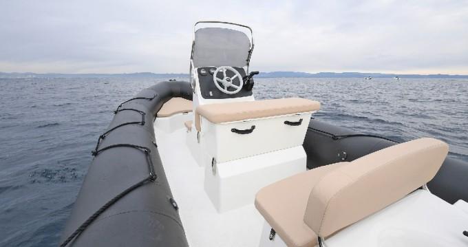 Boat rental Port du Crouesty cheap Bombard Sunrider 6.50