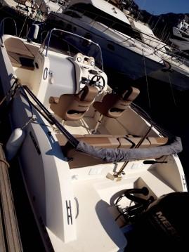 Rental Motorboat in Marseille - Quicksilver Activ 605 Sundeck