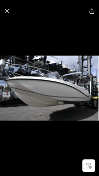 Quicksilver Activ 605 Sundeck between personal and professional Marseille