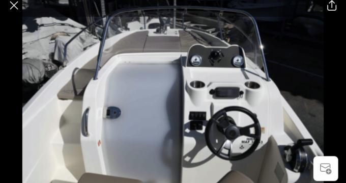 Rent a Quicksilver Activ 605 Sundeck Marseille