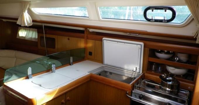 Rental yacht Lefkada (Island) - Jeanneau Sun Odyssey 36.2 on SamBoat