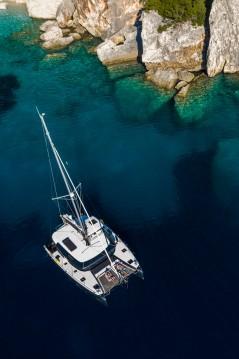 Boat rental Lagoon Lagoon 42 in Lefkada (Island) on Samboat