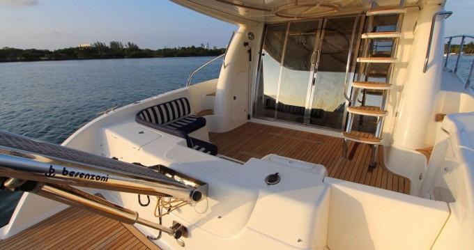 Rental Motorboat in Orikum - Cranchi Atlantique 48