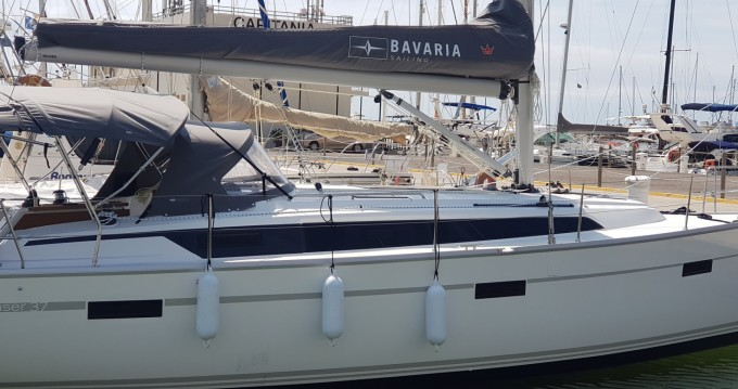 Hire Sailboat with or without skipper Bavaria Castelldefels