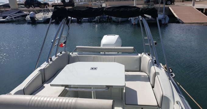 Boat rental Zar Zar 75 in Saint-Raphaël on Samboat