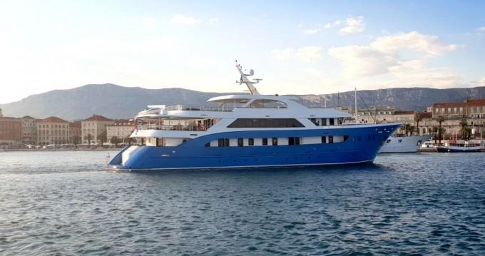 Rent a Custom Made Custom made Split Ferry Port