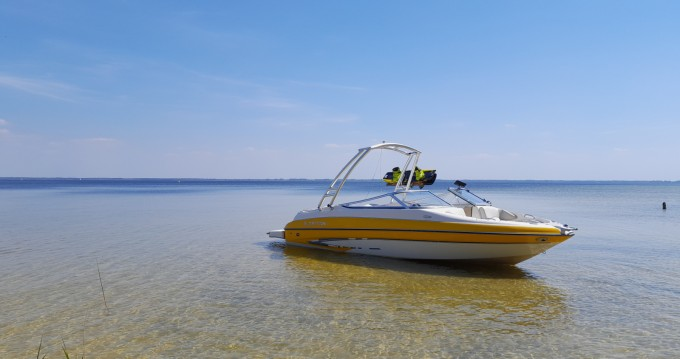 Hire Motorboat with or without skipper Glastron Cazaux