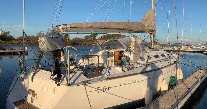 Boat rental Toulon cheap First 40.7