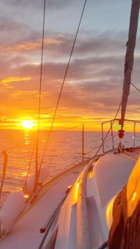 Rental Sailboat in Altea - Jeanneau Sun Odyssey 32 Legend