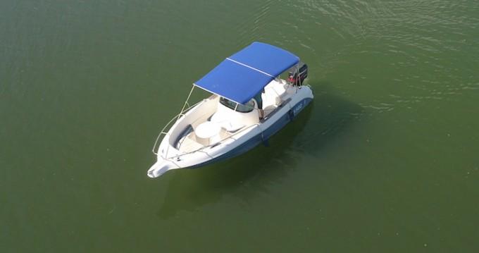 Boat rental Quicksilver Quicksilver 630 Open in Mâcon on Samboat