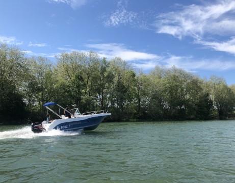 Rental Motorboat in Mâcon - Quicksilver Quicksilver 630 Open
