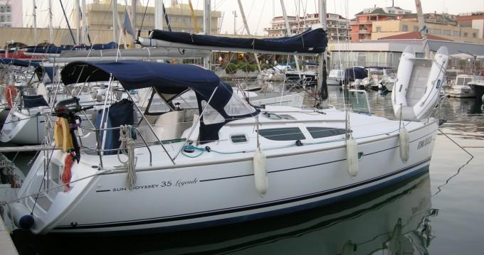 Rental yacht Nettuno - Jeanneau Sun Odyssey 35 Legend on SamBoat