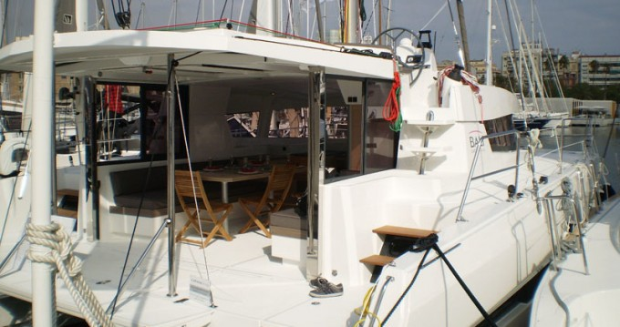 Rental Catamaran in Scrub Island - Catana Bali 4.0 - 4 + 2 cab.