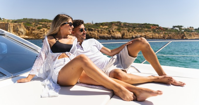 Yacht for rent Albufeira at the best price