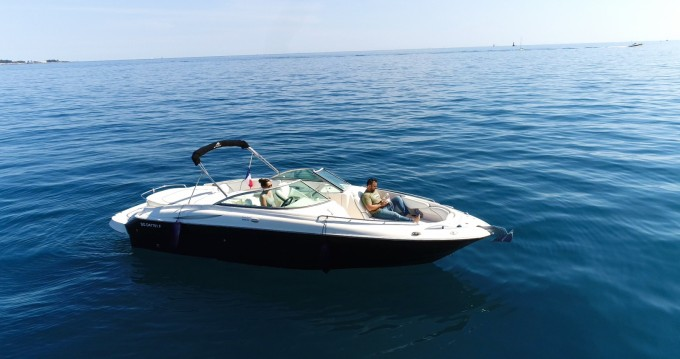 Rent a Monterey 268 ss Golfe-Juan