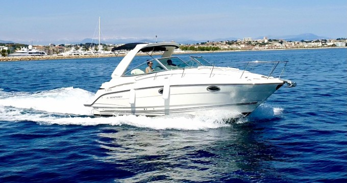 Rental Motorboat in Golfe-Juan - Monterey 295 SC