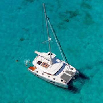 Boat rental Jolly Harbour cheap Lagoon 42