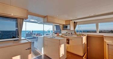 Rental Catamaran in Jolly Harbour - Lagoon Lagoon 450