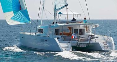 Catamaran for rent La Paz at the best price