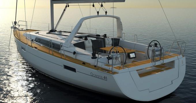Rental yacht La Paz - Bénéteau Oceanis 41.1 on SamBoat