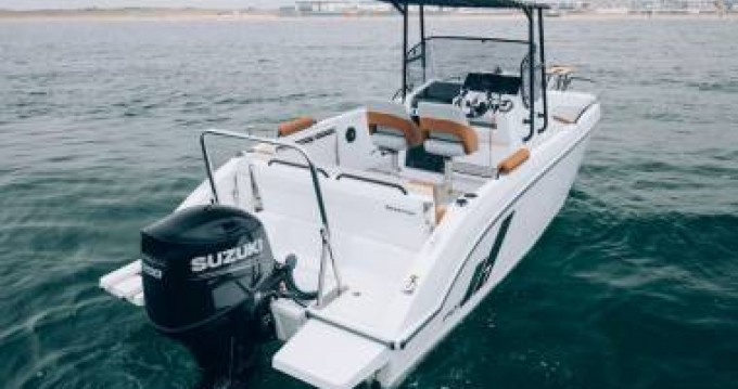 Hire Motorboat with or without skipper Bénéteau Saint-Florent