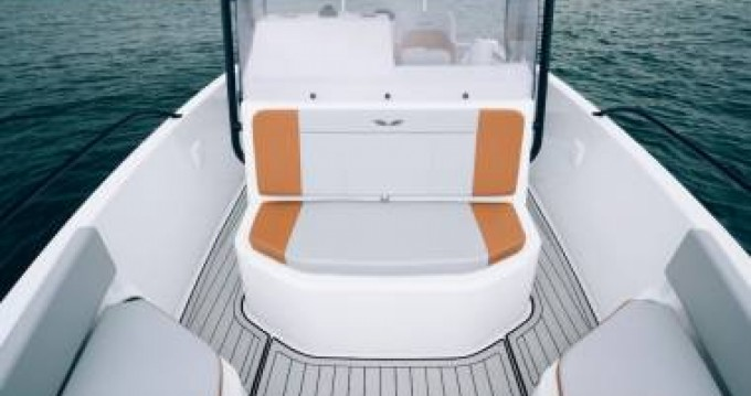 Boat rental Bénéteau Flyer 7 SPACEdeck in Saint-Florent on Samboat