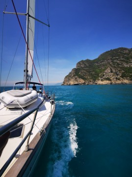 Sailboat for rent Sestri Ponente at the best price