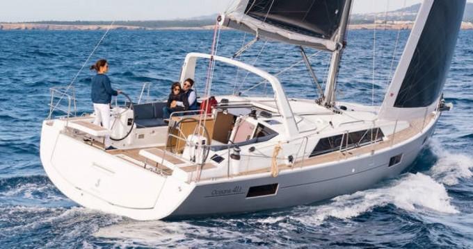 Rental yacht Toulon - Bénéteau Oceanis 41.1 on SamBoat