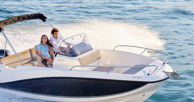 Quicksilver Activ 605 Open between personal and professional Valencia