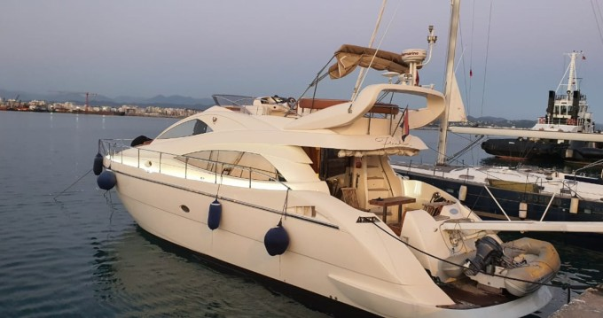 Motorboat for rent Orikum at the best price