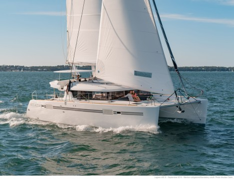 Boat rental Le Marin cheap Lagoon 450