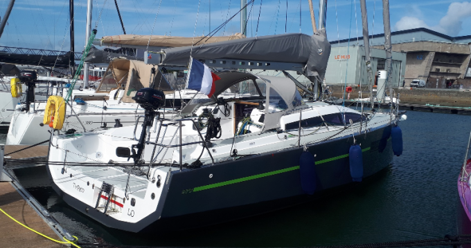 Boat rental Rm 970 in Lorient on Samboat