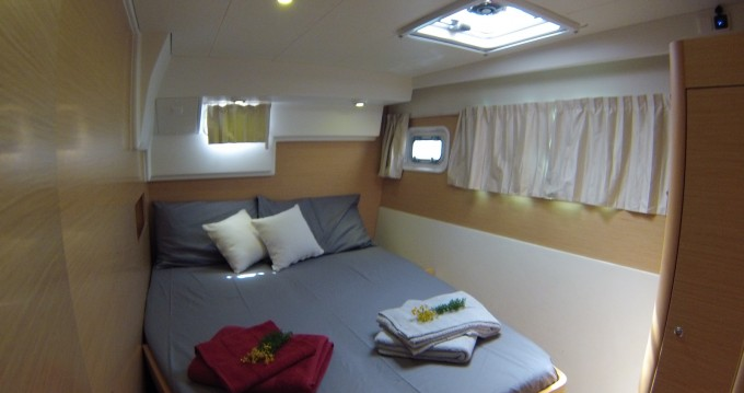 Rental yacht Lefkada (Island) - Lagoon Lagoon 400 on SamBoat