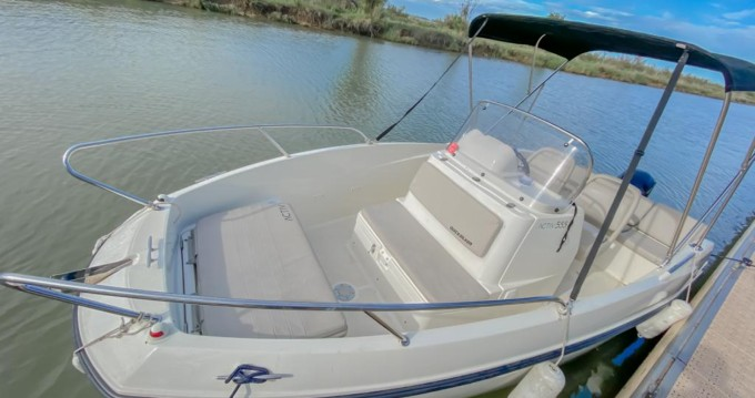 Rental Motorboat in Palavas-les-Flots - Quicksilver Activ 555 Open