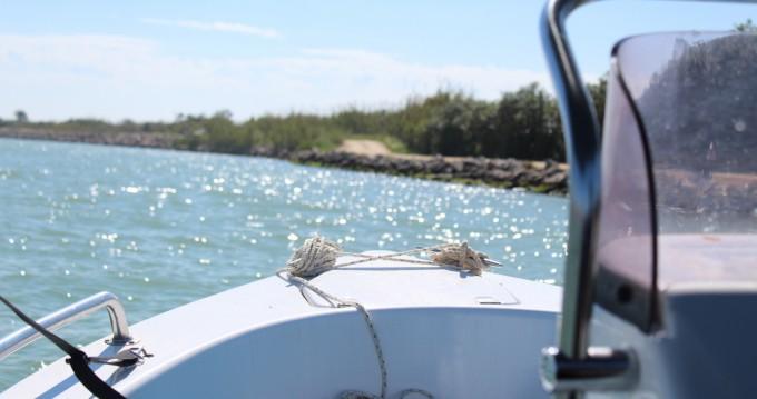 Boat rental Dipol Cala 400 Sin Licencia in Cullera on Samboat