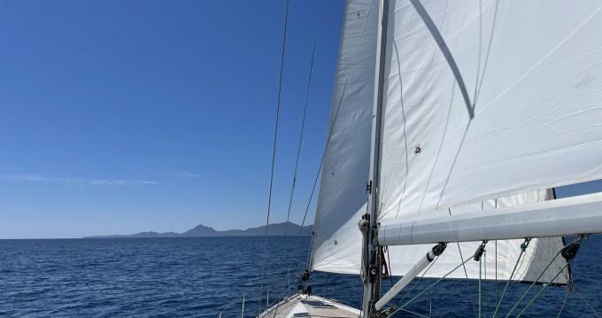 Boat rental Bavaria Bavaria 46 Cruiser in Cagliari Port on Samboat