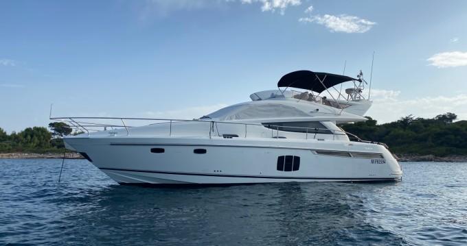 Rental Motorboat in Mandelieu-la-Napoule - Fairline Phantom 48