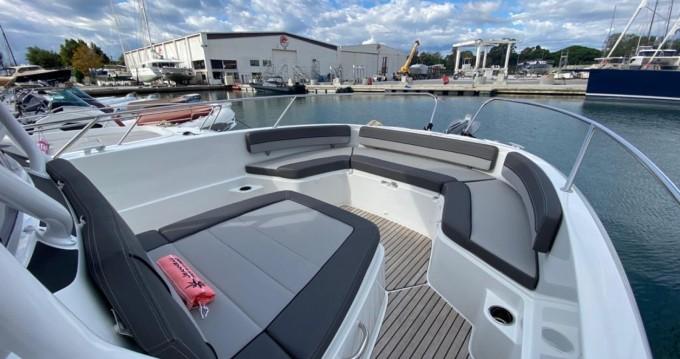 Rental yacht Cogolin - Jeanneau Cap Camarat 9.0 CC on SamBoat