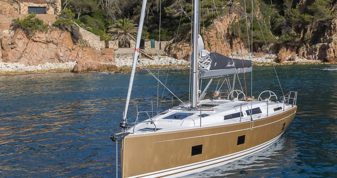 Hire Sailboat with or without skipper Hanse Lávrio