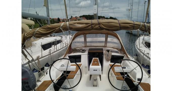 Rental yacht Veruda - Dufour Dufour 360 Grand Large on SamBoat
