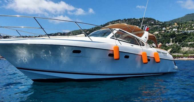 Rental yacht Beaulieu-sur-Mer - Jeanneau Prestige 34 Open on SamBoat