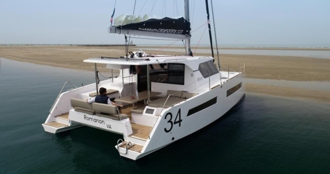 Aventura A34 between personal and professional Le Marin