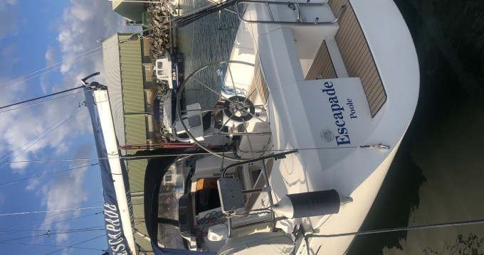 Hire Sailboat with or without skipper Elan Poole