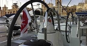Rental Sailboat in Valletta - Bénéteau Oceanis 40