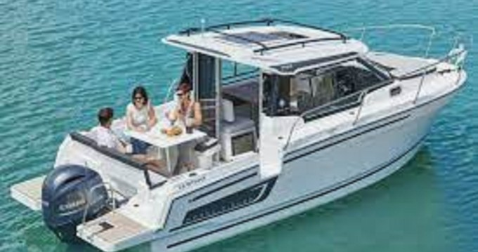 Jeanneau Merry Fisher 795 between personal and professional Crikvenica