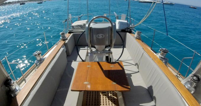 Rental Sailboat Price Yacht with a permit