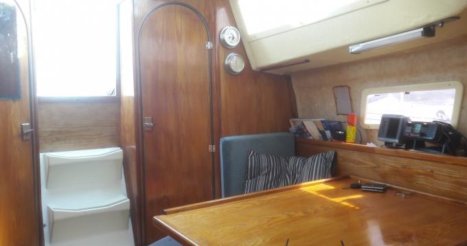 Rental Sailboat in Gravelines - Wrighton Biloup 77